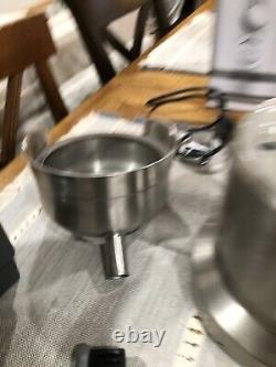 Breville Juice Fountain Duo 1200Watt 5 Speed Centrifugal Juicer