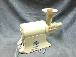 Champion Juicer Masticating Fruit Vegetable Juice Extractor G5-NG-853S Off White