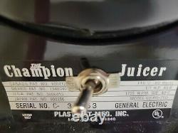 Champion Juicer Model G5-pg-710 Heavy Duty Juicer Black