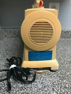 Green Life Twin-Gear Extractor Juicer GL-20001 USED/VERY GOOD CONDITION MAGNETIC