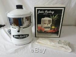 Juice Factory 2000 Stainless Steel Fruit Vegetable Juicer Extractor with Filters