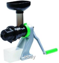 Manual Juicer Plastic Mountable Single Auger Design with 3 in. Adjustable Clamp
