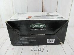 OMEGA 8004 Masticating Juicer & Nutrition System White NEW