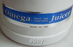 OMEGA Vegetable & Fruit Juicer Model 1220 RRP £349 EXCELLENT CONDITION