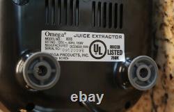Omega Model 8005 Juice Extractor Fruit Vegetable Juicer Hardly Used