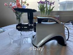 Omega NC800S Juicer Slow Masticating Extractor Nutrition Ctr Noodles 14pc