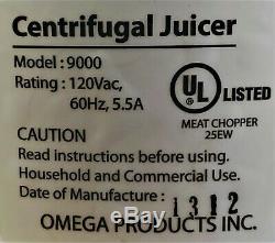 Omega model 9000 juicer white never used in original retail box