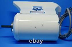 The Champion Classic 2000 Commercial Juicer Model G5-NG-853S Excellent