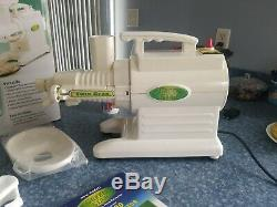 Tribest Green Star Juicer GS3000 Twin Gear Juice Extractor Vegetable And Fruits