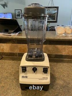 Vita Mix Vitamix Super 5000 Juicer Blender 2 Containers 1 Dry / 1 Wet Commercial